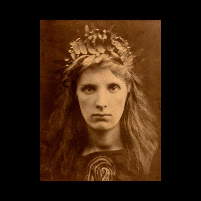 Julia Margaret Cameron, l'âge du débat : la photographie est-elle un art à part entière ?